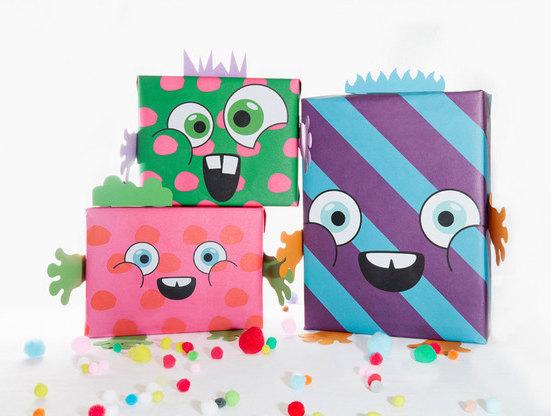 Papel de regalos para hacer paquetes monstruosos muy cool