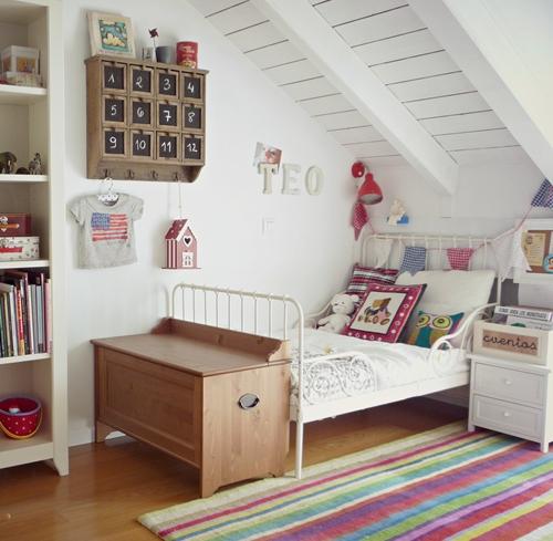 El dormitorio infantil de Teo