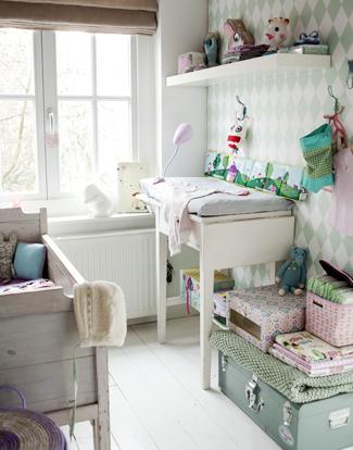 Dormitorio de bebé rústico