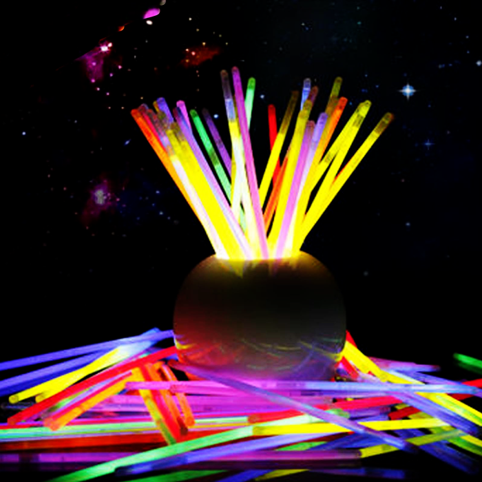 Las fiestas más divertidas con pulseras fluorescentes