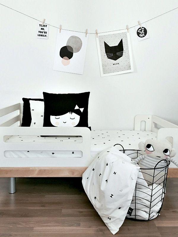 Textiles para niños en blanco y negro