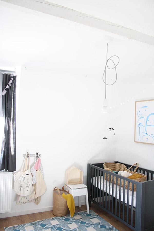 Habitación de bebé vintage con aires bohemios