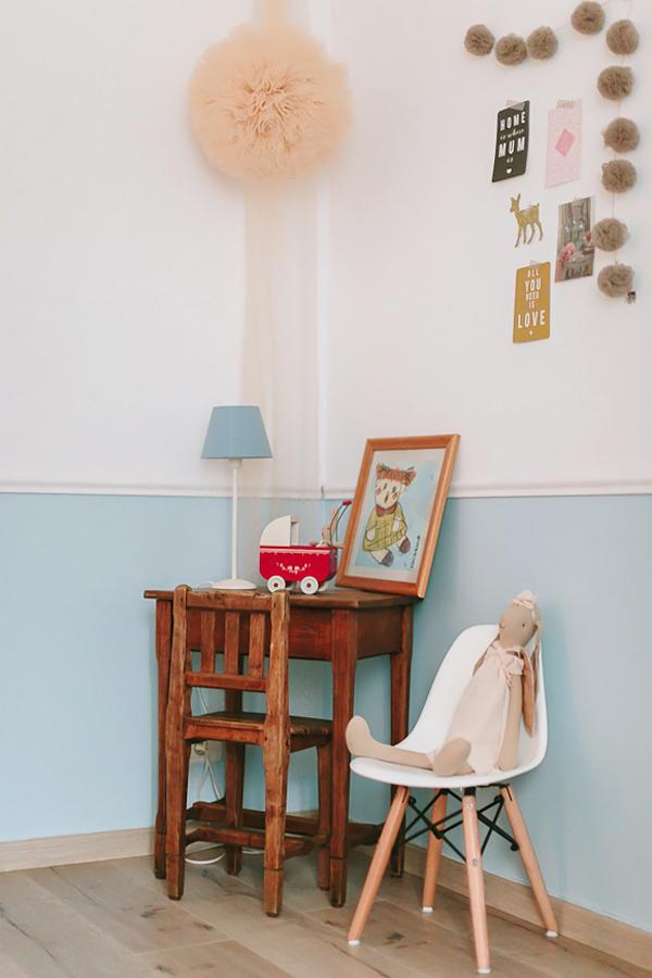 Habitación de bebé niña vintage chic en tonos soft