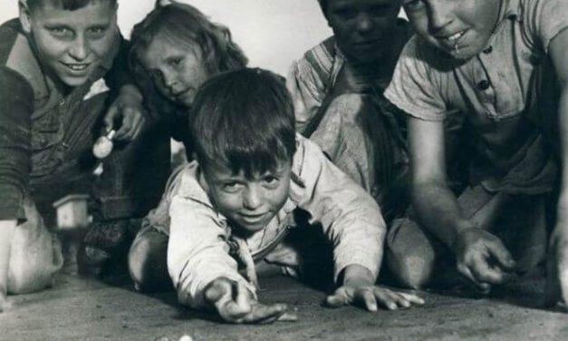 Los niños de antes sí sabían jugar