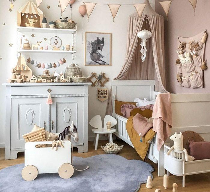 Una habitación infantil a la que no le falta de nada