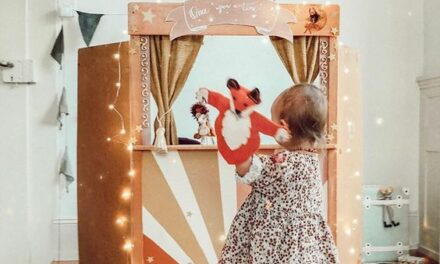 Teatros infantiles para casa: beneficios de jugar con marionetas