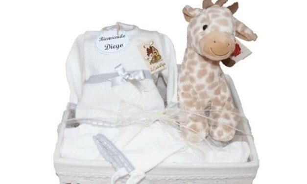 Regalar canastillas personalizadas para bebés