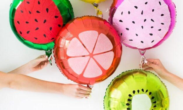 Manualidades con globos: divertidas frutas para fiestas