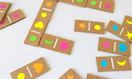 Manualidades infantiles: un dominó para niños